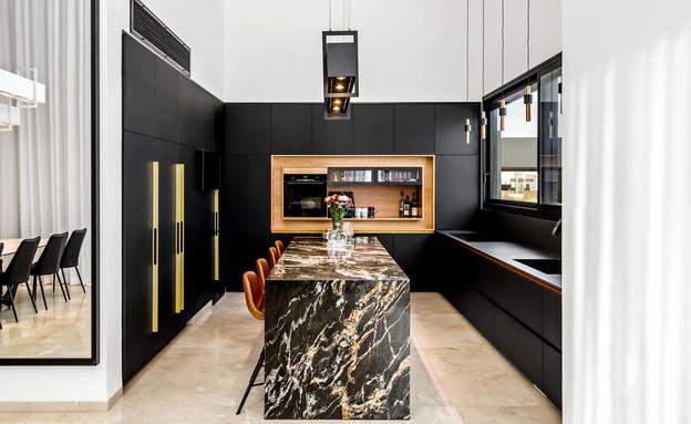 אי מטבח, עיצוב Delouya Kitchens, סטודיו רותם (צילום: מאור מויאל)