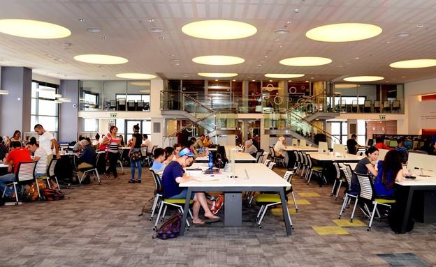 המכללה האקדמית צפת (צילום: יוני לובלינר)