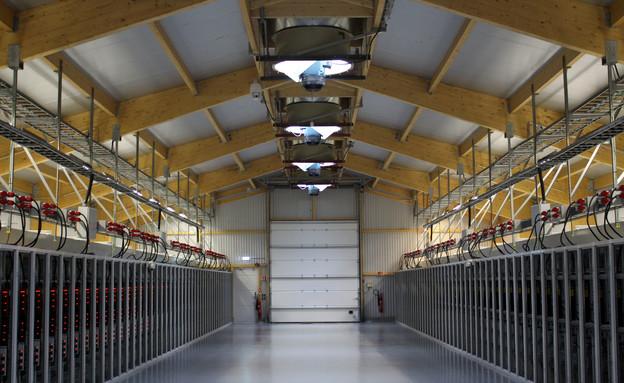 מפעל כריית הביטקוין של החברה האמריקנית ביטפורי, איסלנד (צילום: רויטרס)
