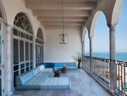 """מלון האפנדי: לנסוע לעכו ולהרגיש שהגעתם לחו""""ל"""