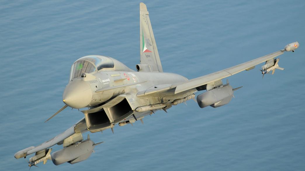 מטוס חמוש בטיל (צילום: MBDA/L Caliaro)