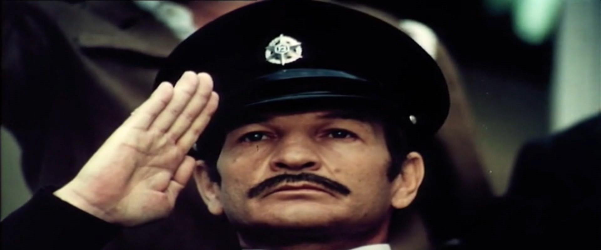 השוטר אזולאי (צילום: באדיבות יונייטד קינג- משה ולאון אדרי)