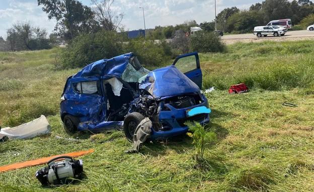 חאונה, תאונת דרכים, צומת רעים (צילום: דוברות כבאות והצלה)