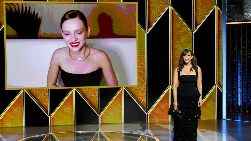 רוזי פרז, שירה האס, גלובוס הזהב 2021 (צילום: Kevin Mazur/Getty Images for Hollywood Foreign Press Association)