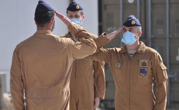הכוח הזר (צילום: Aeronautica Militare, YouTube)