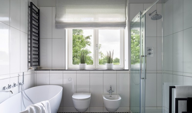 חדר רחצה (צילום:  Dariusz Jarzabek, Shutterstock)