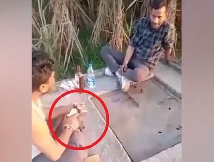 טרגדיה מול המצלמה: שיחק עם אקדח כשהיה שיכור - וירה למוות באחיינו
