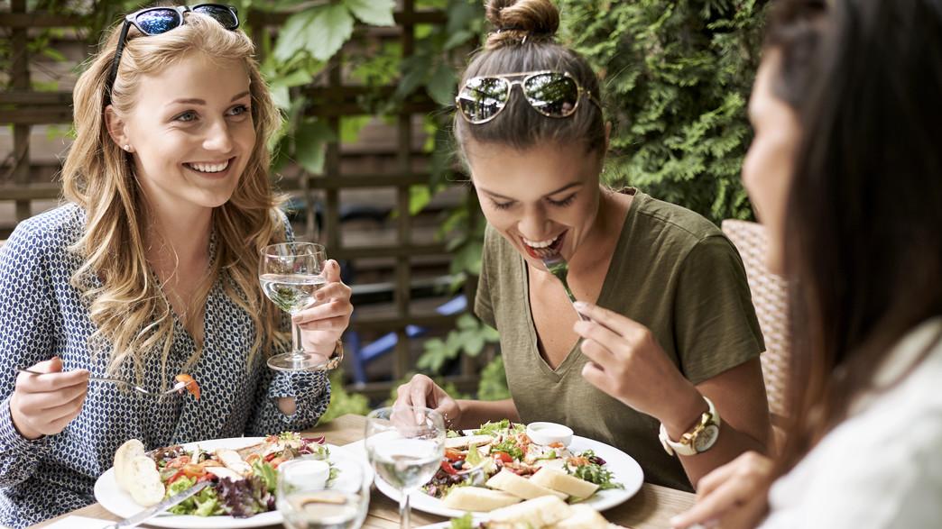 מסעדה, מסעדה בטבע (צילום: shutterstock)