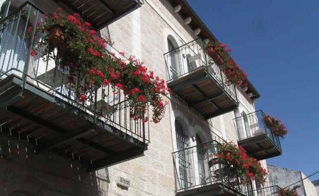 מלון חצר השוק (צילום: אריאלה אפללו)