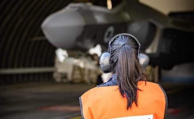 """בטייסת (צילום: דובר צה""""ל )"""