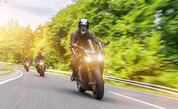 רוכב אופנוע (צילום: shutterstock)