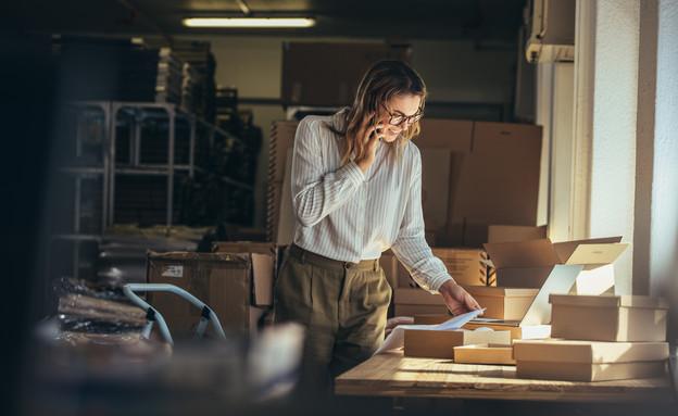 בעלת עסק (צילום: shutterstock By Jacob Lund)