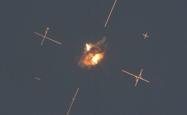 """הושלמו בהצלחה הניסויים במערכת """"כיפת ברזל"""" (צילום: משרד הביטחון)"""