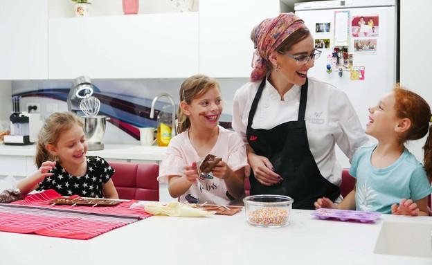 העדי שבמטבח (צילום: ליאת גורדון)