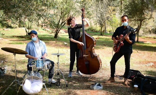 הפנינג מוסיקה וציור למשפחות יער קהילתי רמות (צילום: רפי בן חקון)