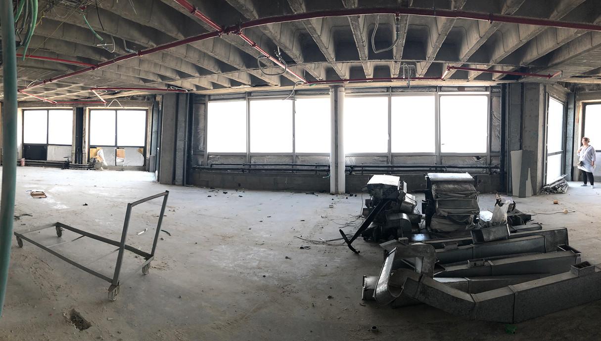 המשרד של יובל נח הררי, פירוק מזגנים תחתונים