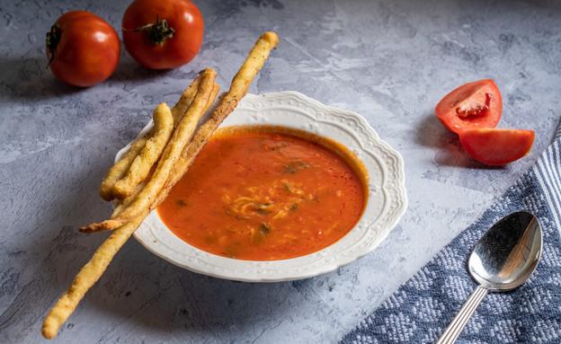 מרק עגבניות ואורז - חופית סרמילי (צילום: נתנאל ישראל)