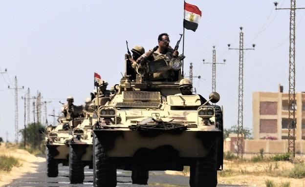 שיירת הצבא (צילום: STR/AFP, GettyImages)