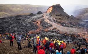 התפרצות הר הגעש באיסלנד (צילום: reuters)