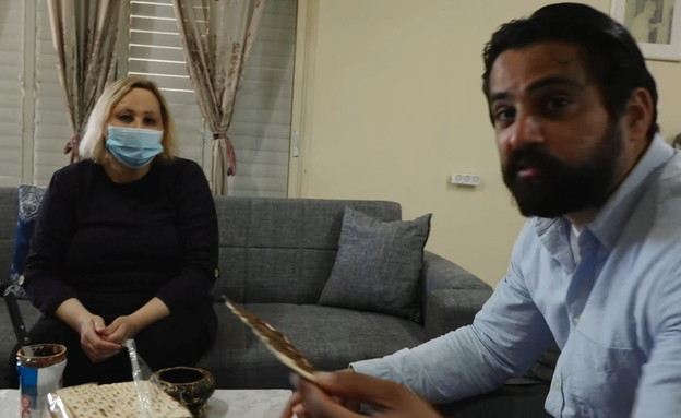 איך הפכו המצות להיות להיט בחברה הערבית?  (צילום: החדשות 12, החדשות12)
