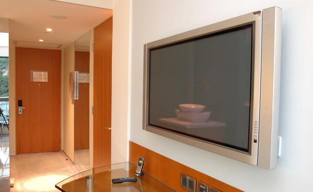חדר מלון, טלוויזיה (צילום:  Norman Chan, Shutterstock)