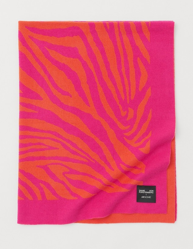 H&M HOME אביב 2021, ג, שמיכה, 599 שקל - 1 (צילום: הנס ומאוריץ)
