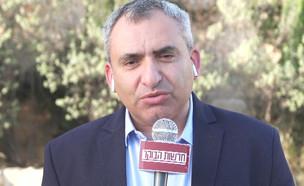 """זאב אלקין מסביר את המהלך בבית הנשיא (צילום: מתוך """"חדשות הבוקר"""" , קשת 12)"""