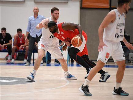 (איגוד הכדורסל) (צילום: ספורט 5)