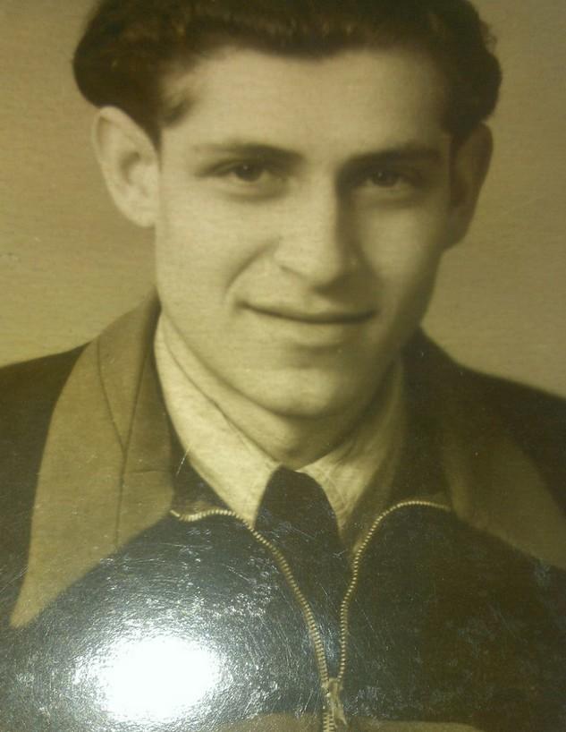בנימין קיבוביץ' בצעירותו (צילום: אלבום משפחתי)