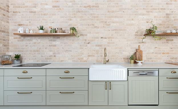 מטבח ירוק, עיצוב ענת הלפרין לוי (צילום: מאור מויאל)