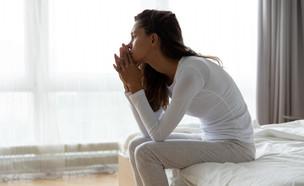 אישה עצובה אחרי גירושים (צילום: shutterstock)