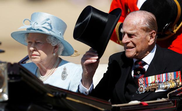 הנסיך פיליפ והמלכה אליזבת (צילום: רויטרס)