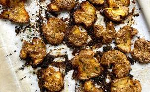 תפוחי אדמה מעוכים בטעם פלאפל (צילום: רון יוחננוב, אוכל טוב)
