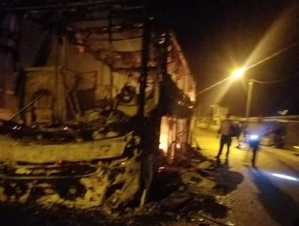 דרמה בקולומביה: שודדים חטפו אוטובוס בו הייתה חברה של ישראלי והציתו אותו