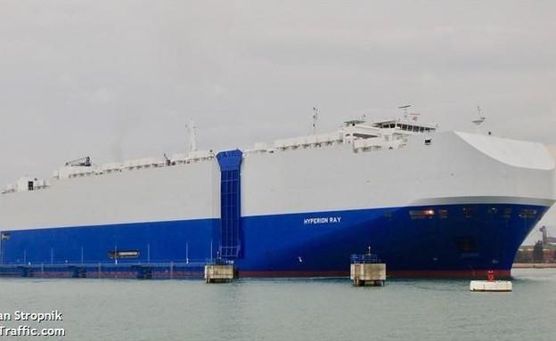 """אוניית מטען ישראלית בשם """"הפיריון ראי"""" הותקפה במפרץ הפרסי"""