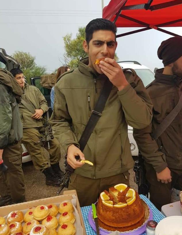 עוגת התפוזים של עמית כלפו בן יגאל - מתכון עם זיכרו (צילום: מתכון עם זיכרון)