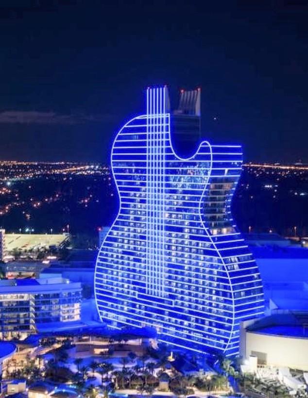 מלון הגיטרה בהוליווד, פלורידה (צילום: ארגון הקהילה הישראלית-אמריקאית IAC)