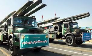 מצעד צבאי באיראן (צילום: FarsNews, Twitter)