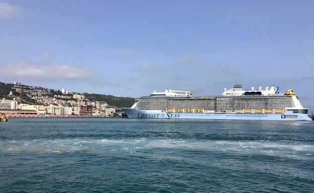 הספינה שתעשה הפלגות ראשונות מישראל (צילום: חברת נמל חיפה)