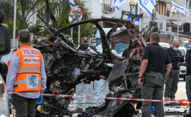 פיצוץ רכב בחולון (צילום: פלאש 90)