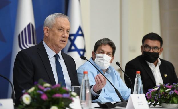 """שר הביטחון בני גנץ מציג את רפורמת """"נפש אחת"""" (צילום: טל עוז, משרד הביטחון)"""