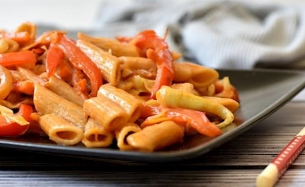 פסטה עם ירקות מוקפצים (צילום: דפני פתיחה)