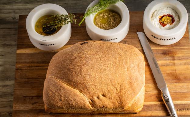"""לחם חברים - אסף דיי (צילום: נתנאל ישראל, מתוך """"מאסטר שף"""")"""