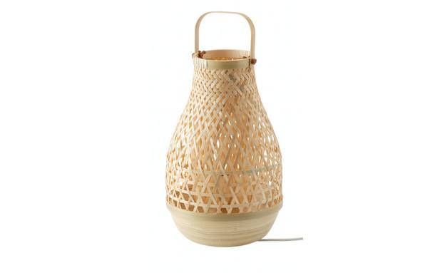 במבוק, מנורת שולחן 175 שח (צילום: יחצ איקאה)