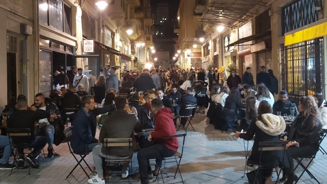 לילה בשוק הטורקי (צילום: אריאלה אפללו)