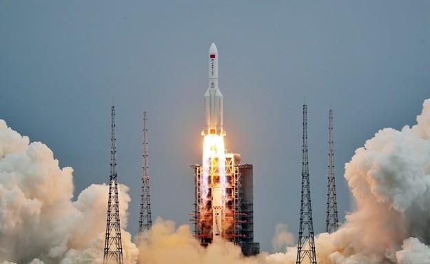 הרקטה הסינית בזמן השיגור (צילום: China National Space Administration)