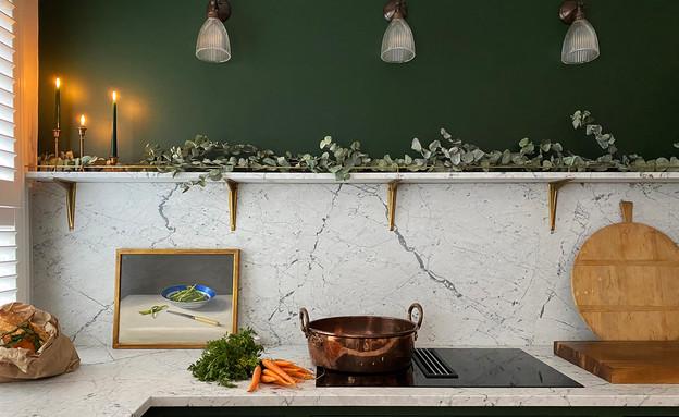 מטבח באנגליה (צילום: deVOL Kitchens, www.devolkitchens.co.uk )
