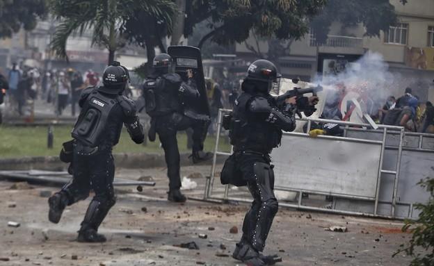 כאוס בקולומביה (צילום: טוויטר @illicitselriana)