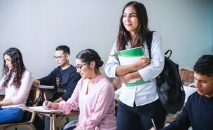 סטודנטים לומדים  (צילום: javier trueba @javotrueba, unsplash)