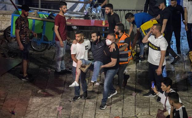 פצועים בעימותים בירושלים (צילום: אוליבר פיטוסי, פלאש 90)